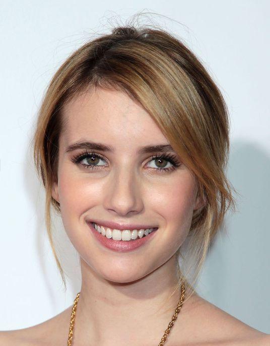 Idée Coiffure :    Description   Emma Roberts avec un maquillage frais    - #Coiffure https://madame.tn/beaute/coiffure/idee-coiffure-emma-roberts-avec-un-maquillage-frais/