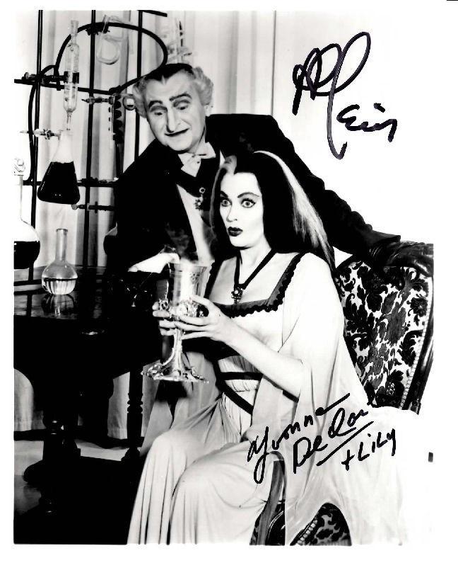 The Munsters Cast, Al Lewis Yvonne de Carlo