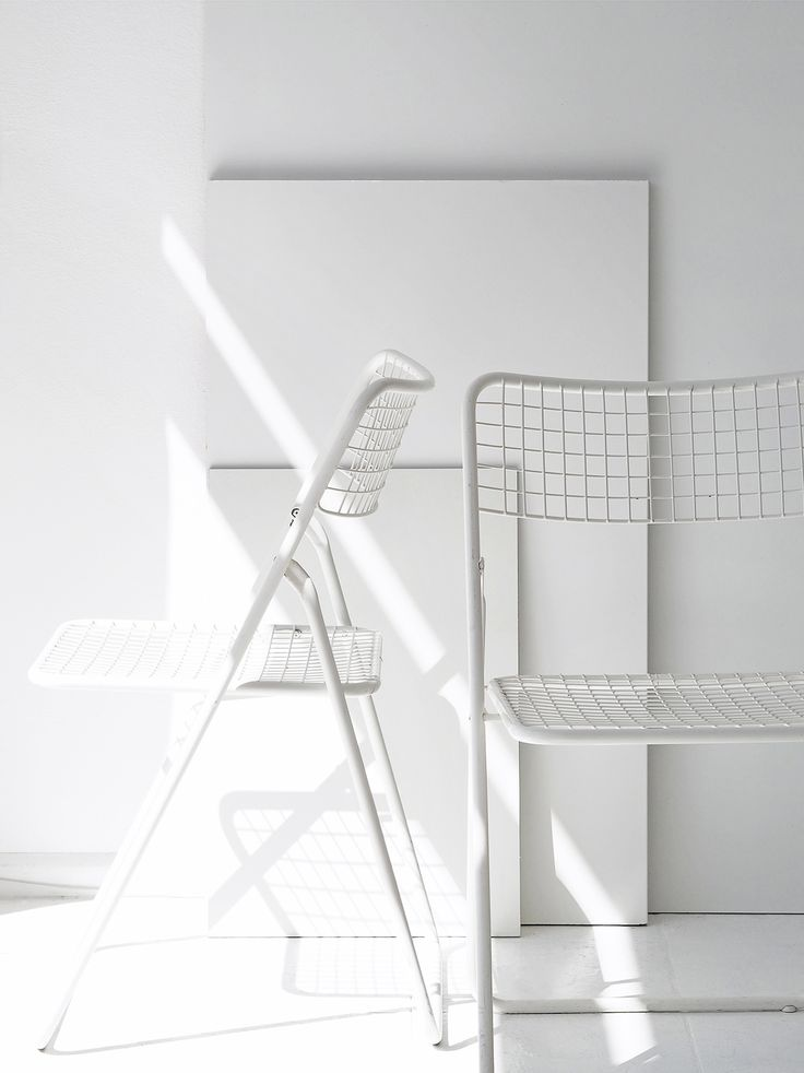 1000 Ideas About White Chairs On Pinterest Oak Table