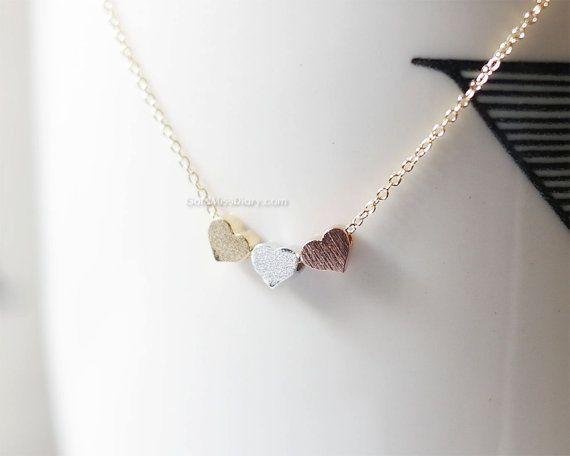 So süß und liebenswert winzige 3 Herz-Kette, wollen Sie tragen es jeden Tag! Hochzeitsgeschenke, Brautjungfer Geschenke, Geburtstagsgeschenke drei