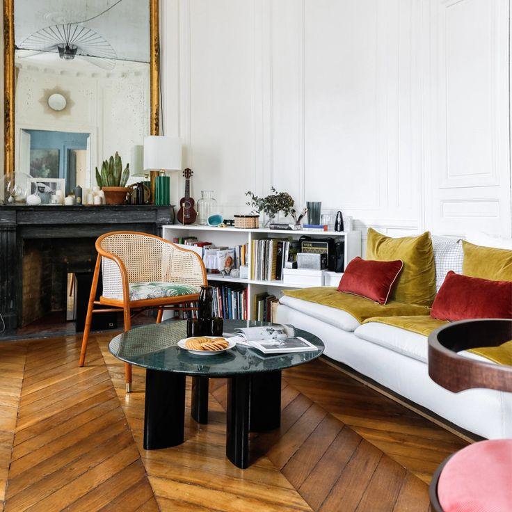 Table Basse Carlotta Pieds Laques Noir Et Marbre Vert En 2020 Table Basse Decoration Maison Marbre Vert