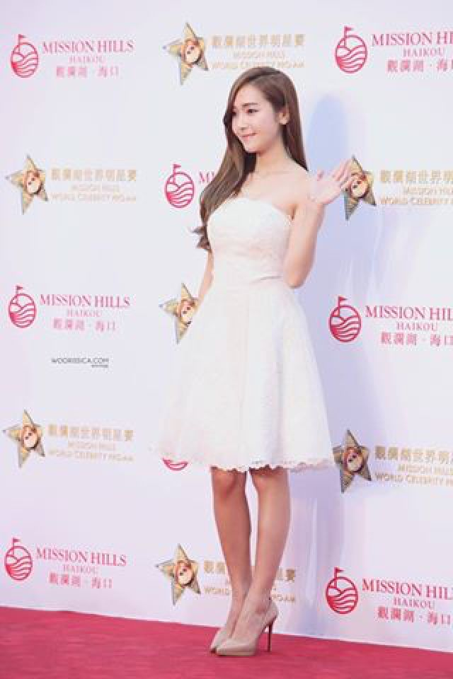 Wowwww Jessica Jung Wearied White Dress At Red Carpet In Mission Hills Jessica Jung