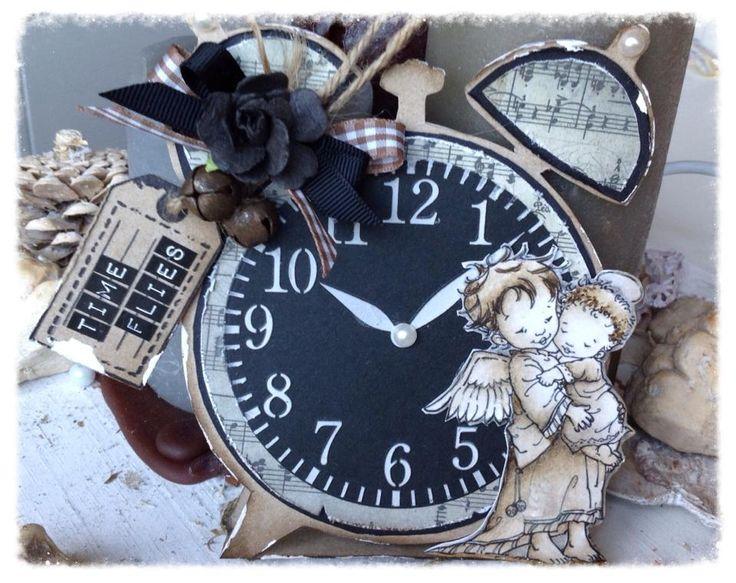 470.713.505 Dutch Card Art Clock door Raffaela Perego