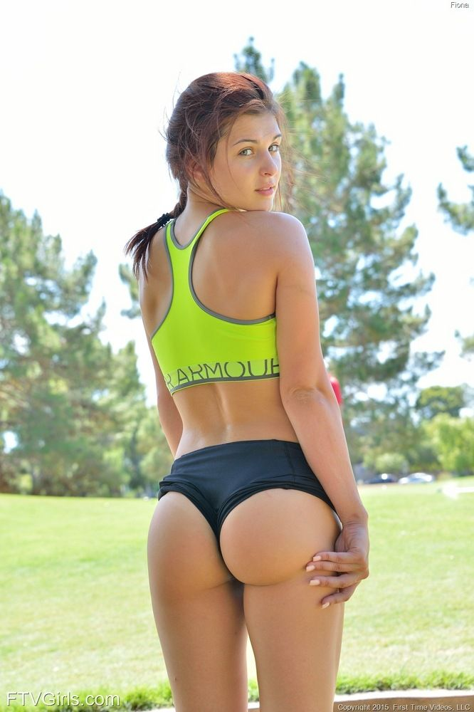 Sporty Round Asses 30