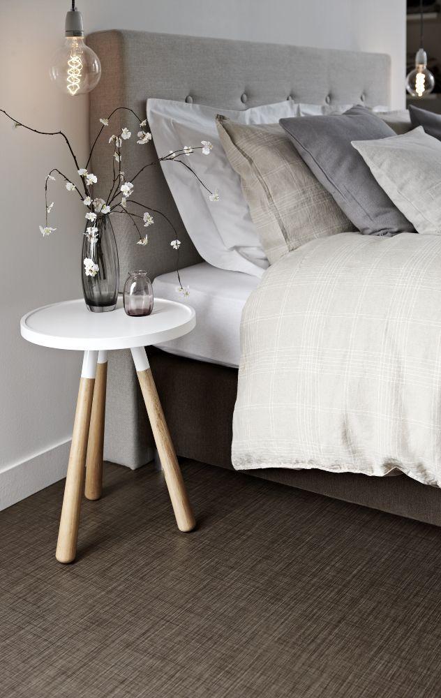 vinyl bedroom