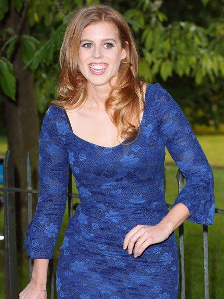 Wow! Ist das wirklich Prinzessin Beatrice (24)? Man erkennt sie kaum wieder. Die Tochter von Prinz Andrew (53) und Sarah Ferguson (53)