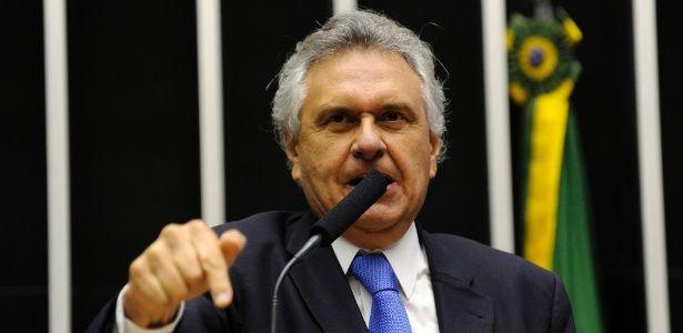 Aprovação de reforma política no Senado é resposta concreta à crise política, comemora Caiado