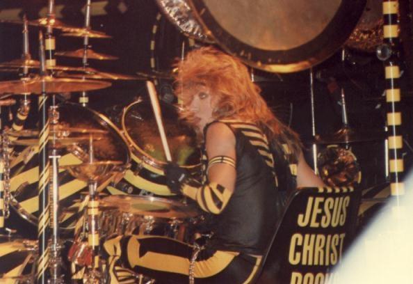 RobertSweet Favorite Drummer  Bands I Love  Drums roll Drums Snare drum