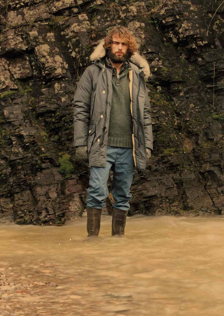 The Original #ArcticParka As worn by the workers who took part in the construction of the great #Alaskan Pipeline in the early '70s.  #woolrich #history