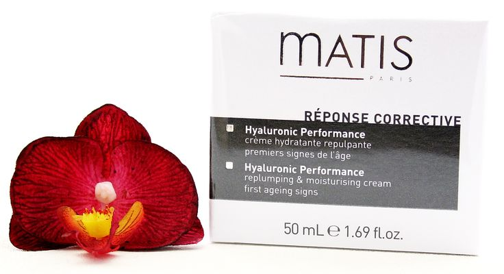 Matis Response Corrective Hyaluronic Performance Cream is an excellent anti-aging cream for all skin types. With its key active ingredient - Hyaluronic Acid, it will help to smooth fine lines and wrinkles, keep your skin plump and moisturised for longer, overall giving you a more youthful complexion. #Matis #antiwrinkle #antiaging #skincare #moisture #face #cream