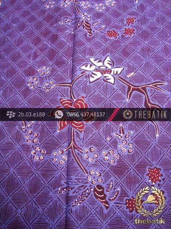 Kain Batik Tulis Jogja Motif Buket Anyaman Ungu | Indonesian Batik Fabric Pattern Design http://thebatik.co.id/kain-batik-bahan/