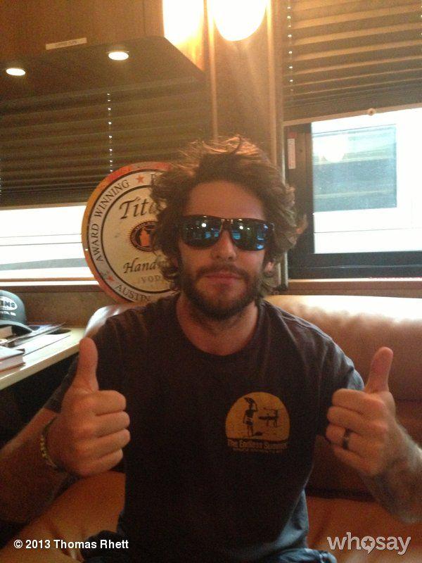 """Thomas Rhett's photo """"In honor of sunglasses day"""