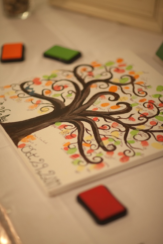 """Guest Book Tree.. For a baby shower.. Love the idea.. Instead of wedding date at the bottom the quote """"our family tree is growing by two feet"""""""