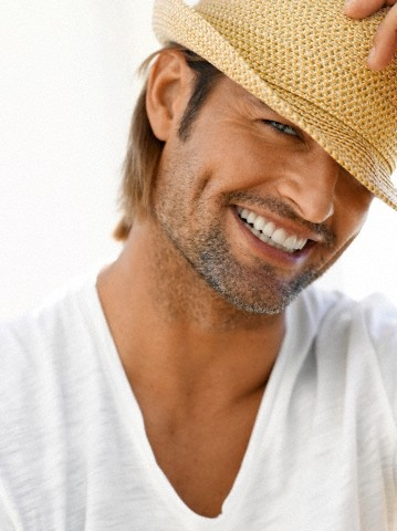 That dimple...yum.: This Man, Dimples, Straws Hats, Eyes Candy, Joshholloway, Men'S Fashion, Men'S Clothing, People, Josh Holloway