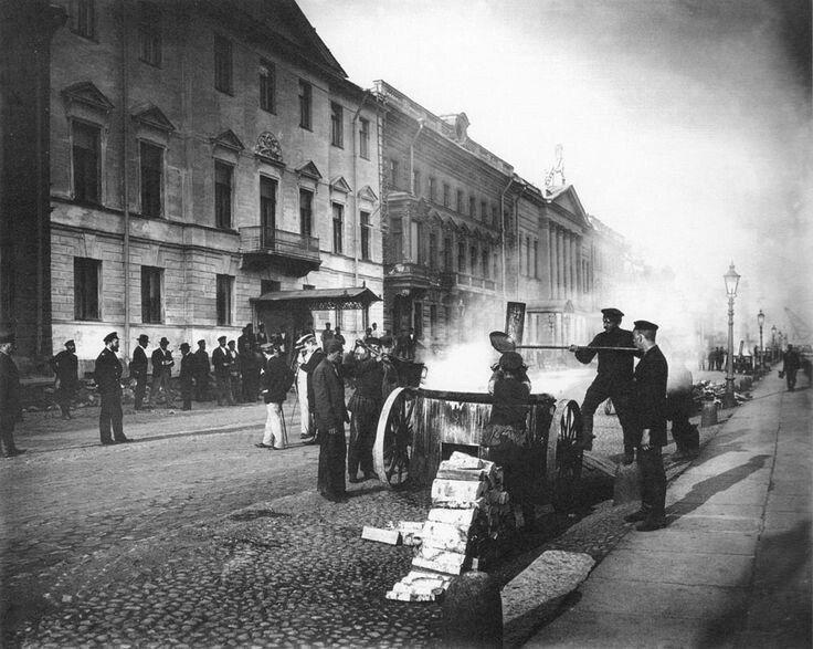 Дорожные работы на Английской набережной, 1910 год, Санкт-Петербург.