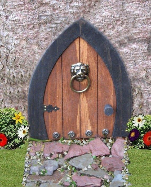 Best 25 gnome door ideas on pinterest fairy garden pots for Fairy front door