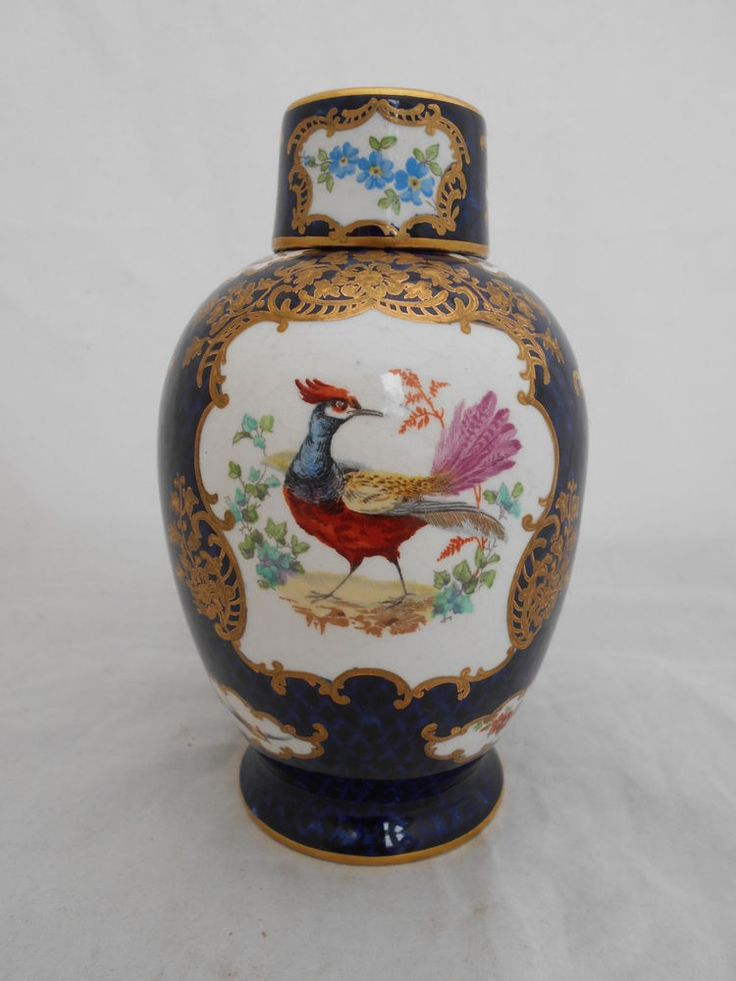 EARLY 20THC BOOTHS TEA CADDY SCALE BLUE WORCESTER STYLE PAINTED EXOTIC BIRDS