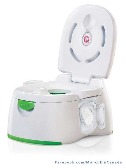 This potty has won an award! Complete with removable seat to use on a standard toilet...nice! #Munchkin #Baby  https://www.facebook.com/MunchkinCanada/app_328975307179679