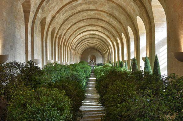 Chateau de Versailles, L´Orangerie in winter En hiver, les orangers sont placés dans lOrangerie