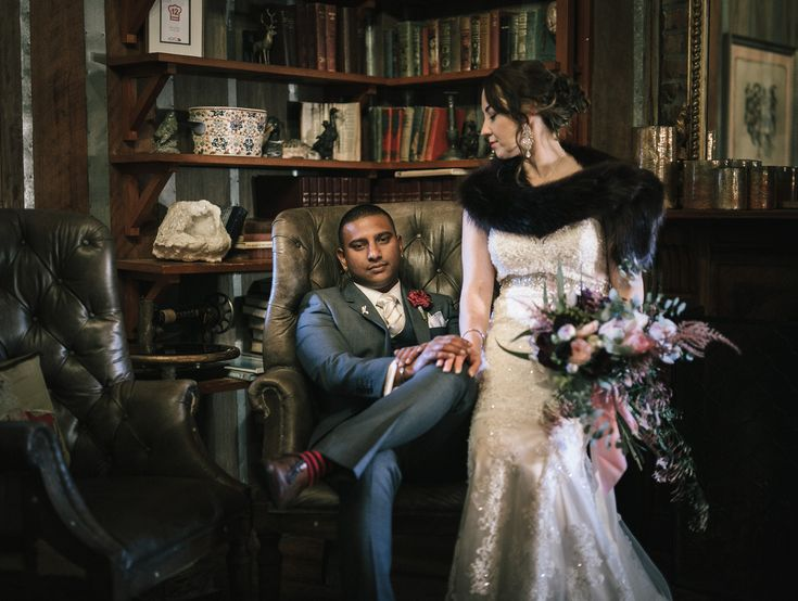 Bride and groom with a photo shoot on their wedding day at Circa 1876 Hunter Valley. Image: Underatreehouse Photography