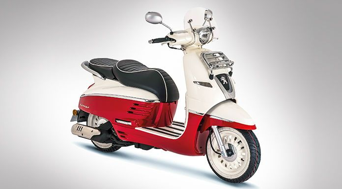Mahindra has showcased three Peugeot scooter line-up at the ongoing Auto Expo in Delhi. Of those, two are 125cc scooters – Django and Speedfight and the Metropolis on three wheels.