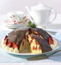 Unser beliebtes Rezept für Erdbeerbombe mit Vanillecreme und mehr als 55.000 weitere kostenlose Rezepte auf LECKER.de.