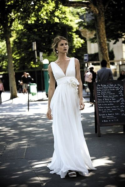Wedding Dress For Women Over 40: Wedding Dresses For Brides Over 40
