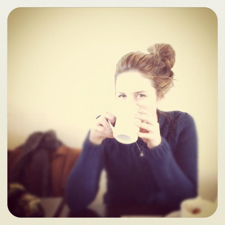 Le café était très chaud
