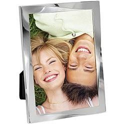 Display your favourite memories with a Cupecoy Twist Frame.