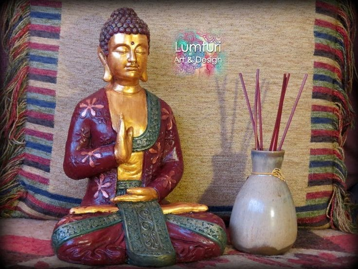 Buda femenino pie grande 31x22 cm