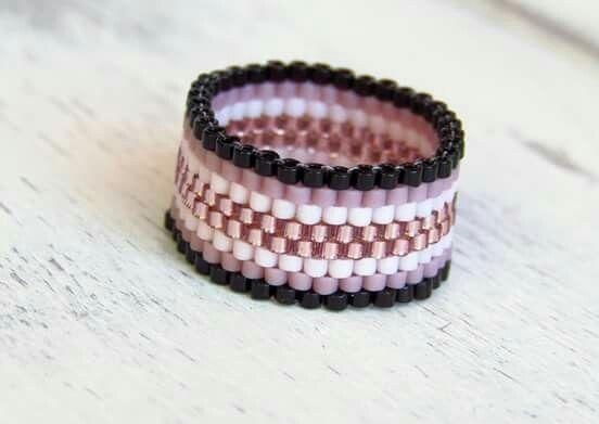 Peyote ring Peyote gyűrű https://www.facebook.com/gyongyoskert/