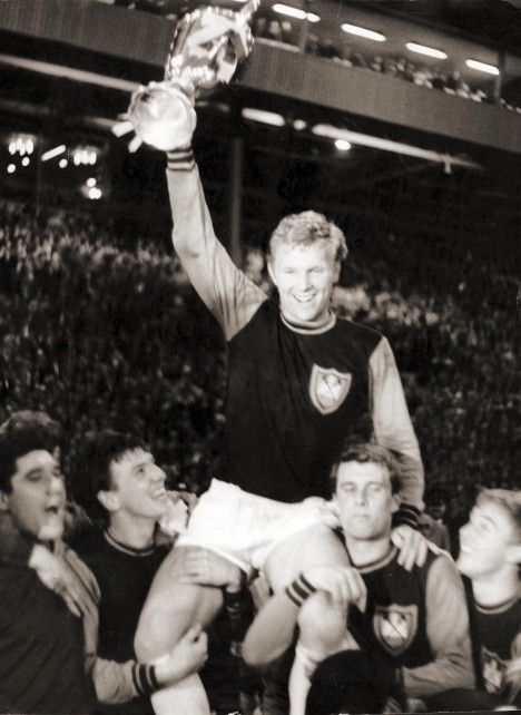 Bobby Moore and the east end's golden generation - Plz Repin, Follow or Like!