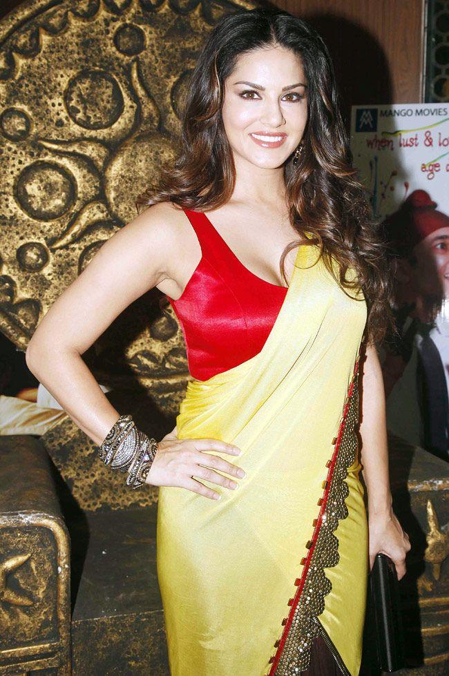 Sunny Leone in saree during the promotion of 'Ek Paheli Leela'. #Bollywood #Fashion #Style #Beauty