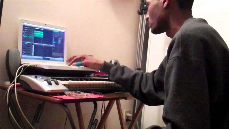 Making Trap Beats on Garageband 2015 - SPAZ Digital Beats