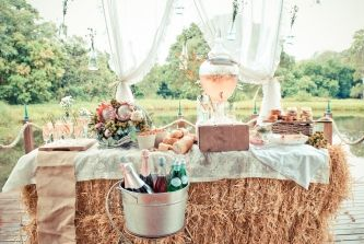 Hay bales to create a rustic beverage bar. via A Rustic Champagne Bar / LANE (PS Follow us on instagram: the_lane)