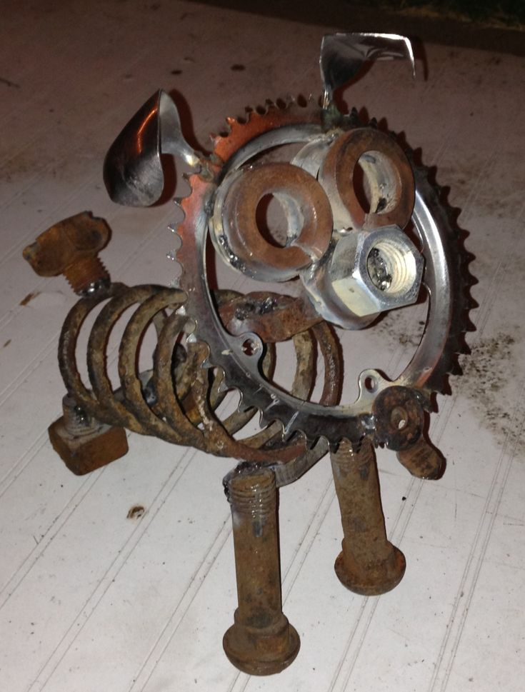 Welded dog from found objects welding ideas pinterest for Dog wire art