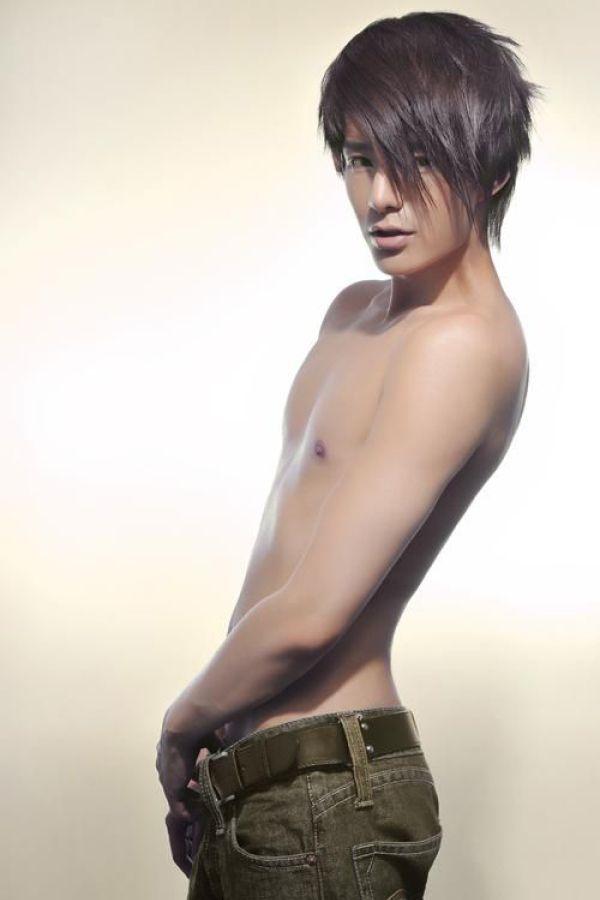 Cute gay asian guys