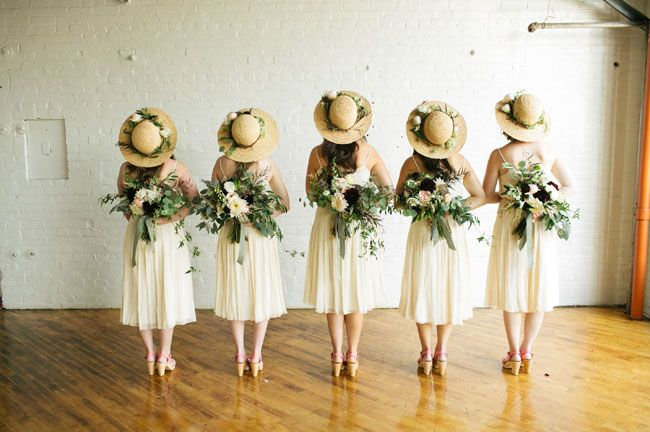 this is the cutest bridesmaid photo shot by Lang Thomas Photography! Love their sun hats + bouquets.