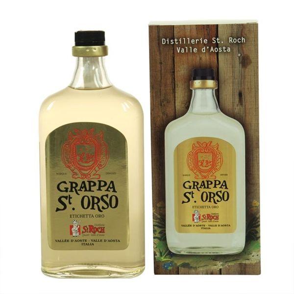 La grappa Sant'Orso oro richiama i profumi della tradizione, la dolcezza dell'uva valdostana e gli aromi dei paesaggi di montagna.