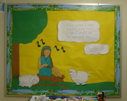 16 best Easter Bulletin Board images on Pinterest | Easter bulletin ...