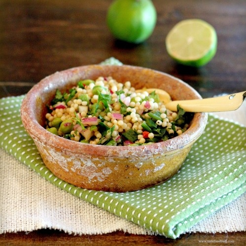 If you haven't met pearl couscous yet, then it's high time you did: Couscous Salad Recipes, Couscoussalad, Poblano Peppers, Pearl Couscous, Flour Pearls Couscous, Couscous Tf, Couscous Association, Veggies Recipes, Traditional Couscous