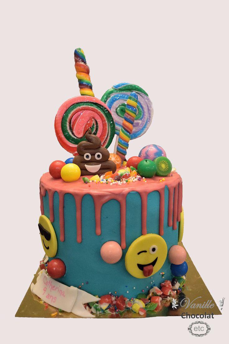 Emojis and candies drip cake.  Gâteau dégoulinant emojis et bonbons