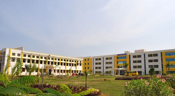 Sri venkateswara Dental College admission 2017  Established Year: 2007  About Us  Sri Venkateswara Dental College & Hospital was established in the year 2007. The college is recognized by the Dental Council of India, Ministry of Health & Fami...