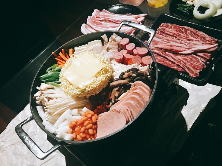 Budae-jjigae (Army Base Stew) recipe - Maangchi.com