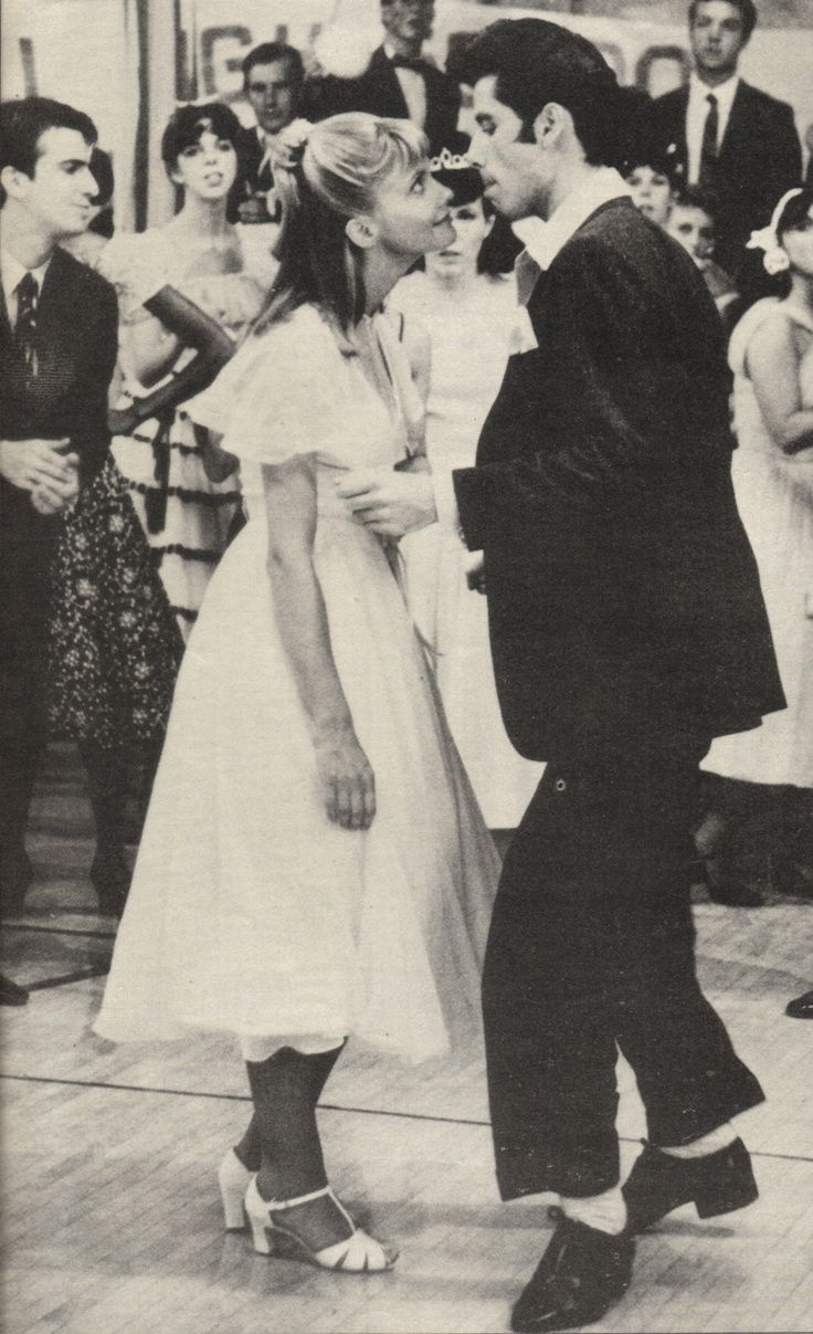 Grease (1978) Olivia Newton-John and John Travolta are the cutest!