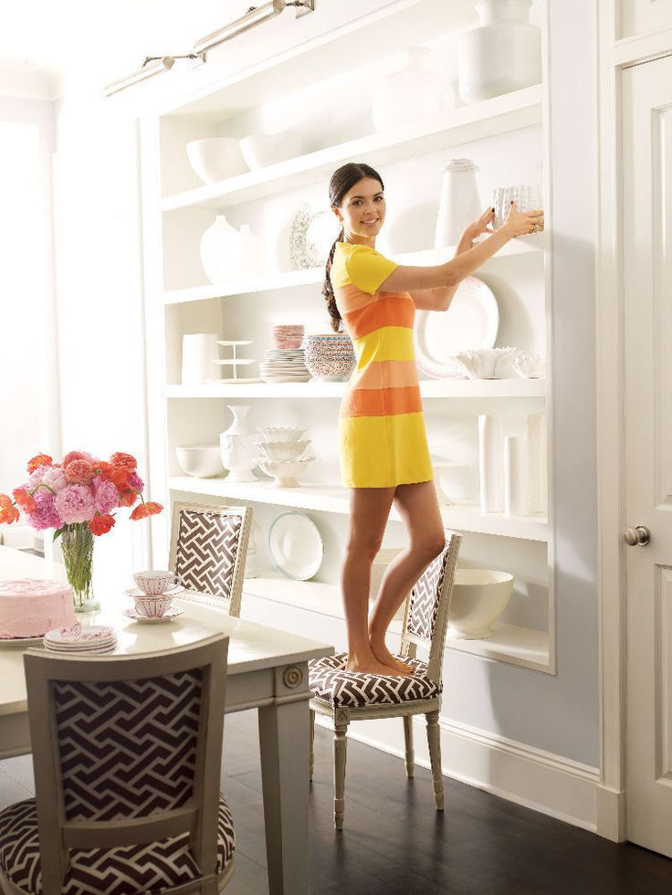 The Homes and Kitchens of Cookbook Author Katie Lee | A Flippen Life