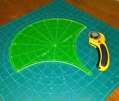 97 best images about Acrylic Quilting Templates on Pinterest Quilt, Flowering snowball quilts ...