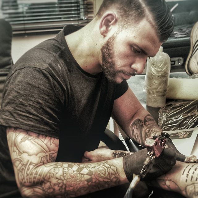 Tattoo Fixers Woman With Beard: 171 Best Tattoo Fixers Images On Pinterest