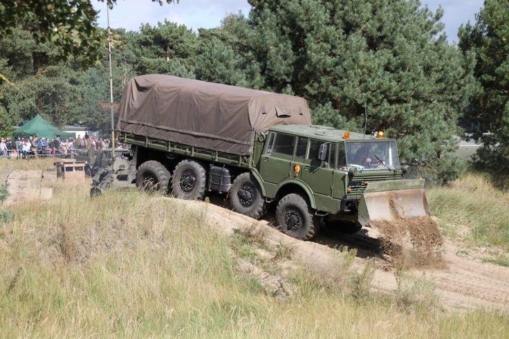 Tatra T813 8x8 Kolos BZT - 17640 cm3 - 11751 ks