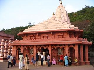 Lord Ganpati: Ganpati Pule - 4000 Years Old Ganesh Temple | Ganesh Names, Ganesh Mantra, Ganesh Wallpapers, Ganesh Images, Ganesh Photos, Ganesh Bhajans, Ganesh Temples, Ganesh Aarti